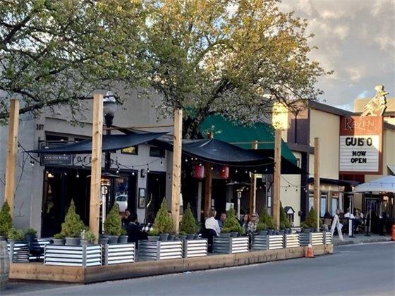 Image of business parklet on North Street