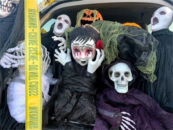 Halloween decorations at Drive-Thru Treat Trail